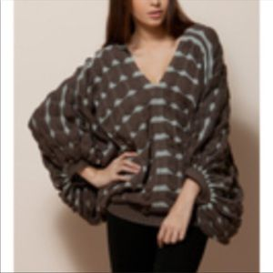 GRACIA OVERSIZED KNIT BLACK AND WHITE  SWEATER